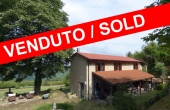 NLB026, Stone country house with land in langhe area