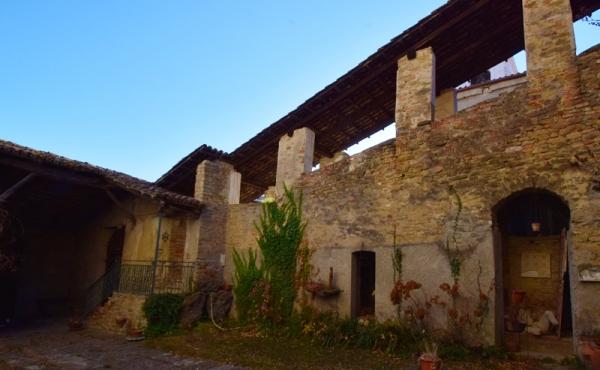 castello in vendita lnaghe (12)