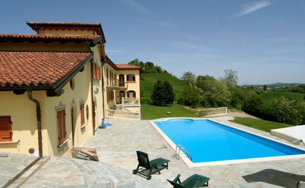 villa con piscina (78)