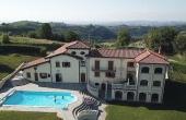 LGH001, Magnifica villa con parco e piscina