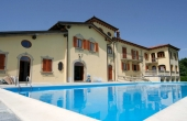 villa con piscina (79)