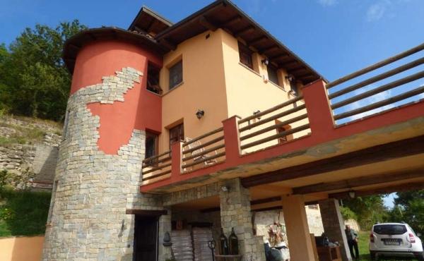 Villa panoramica Cortemilia giardino (63)