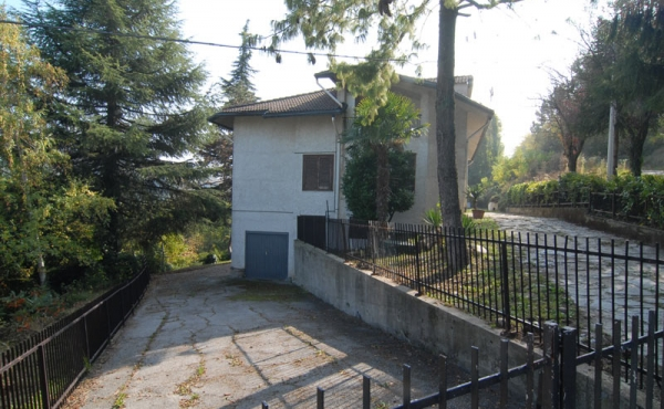 casa-belvedere-langhe-vendita-(10)