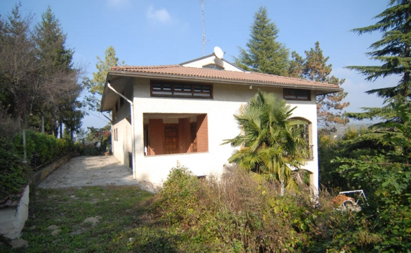 casa-belvedere-langhe-vendita-(21)