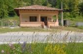 DGL122, Haus zum Verkauf in der Nähe von Dogliani